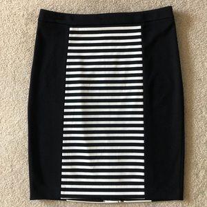 NWOT Calvin Klein Black/White Skirt Size 8